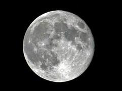 voda na mjesecu